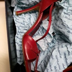 Wine red women shoe